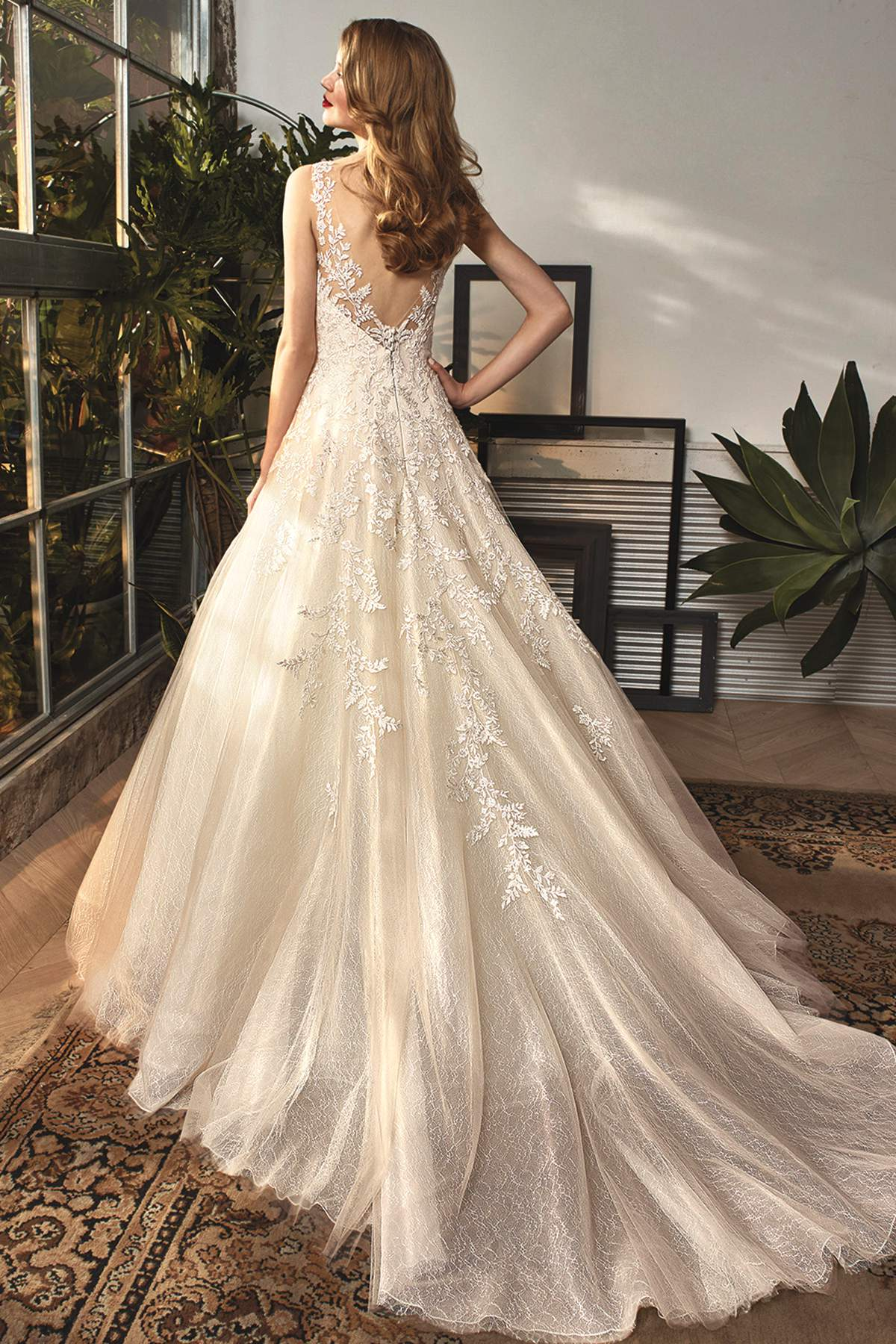 Style Bt18 12 By Beautiful By Enzoani Find Your Dream Dress