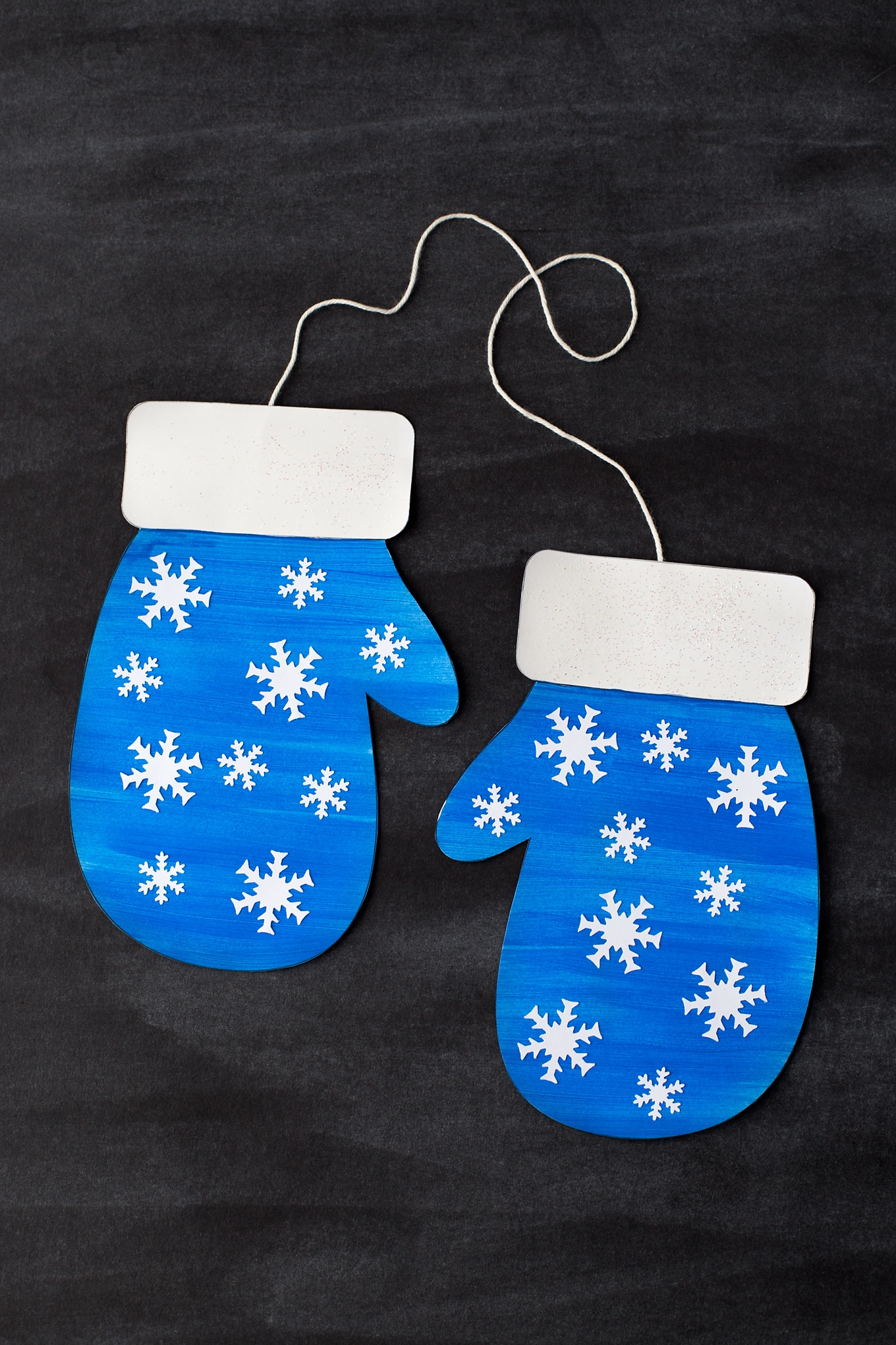 Easy Mitten Craft for Kids with Printable Template