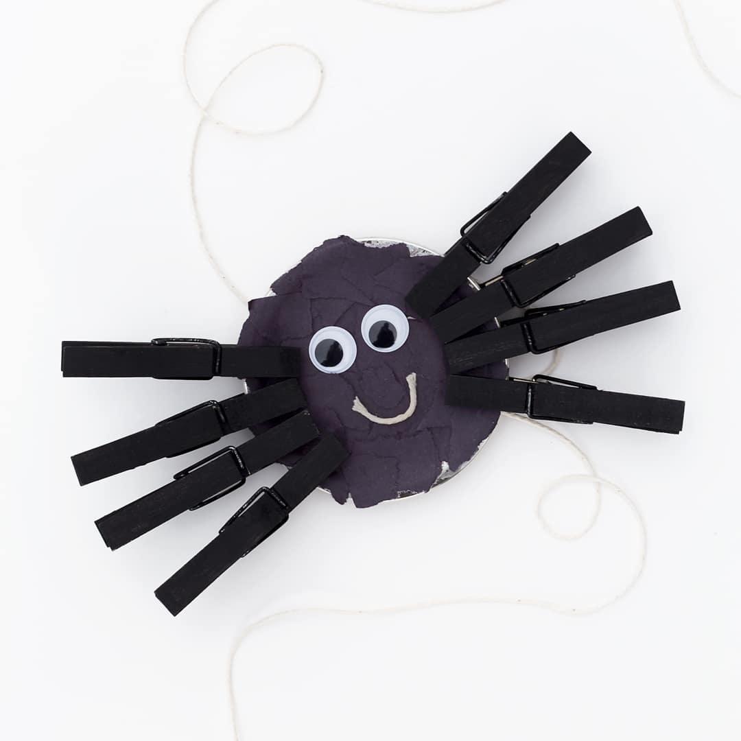 Mason Jar Lid Spider Craft for Kids