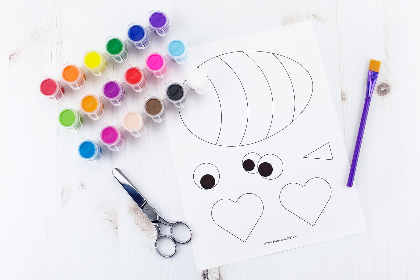 Supplies Needed to Make a Paper Bee Craft