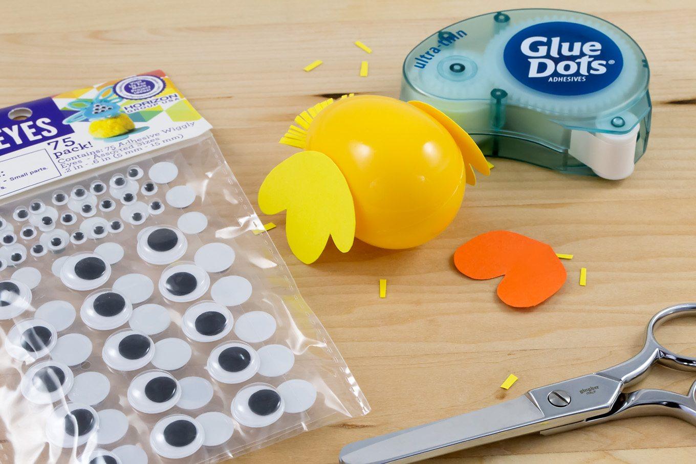 Plastic Egg Chicks