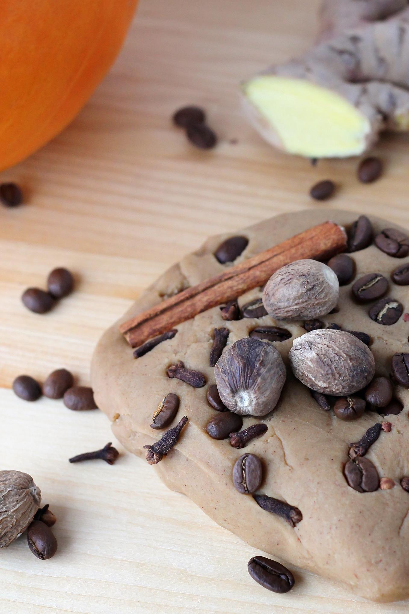 Pumpkin Spice Latte Playdough Recipe
