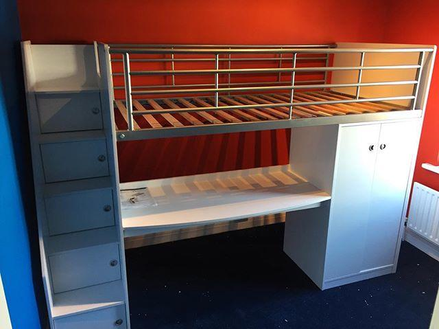 Child S Cabin Bed With Desk Assembly Lancing Flat Pack