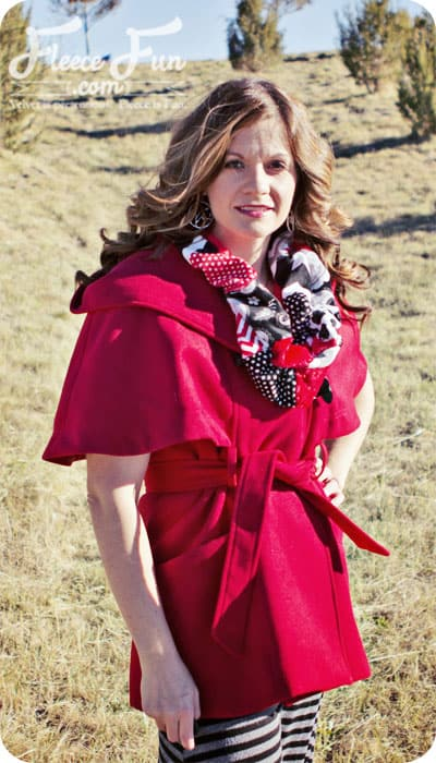 I love this scarf diy sewing project. such a cute and easy idea. Plus I love the fabric she used.