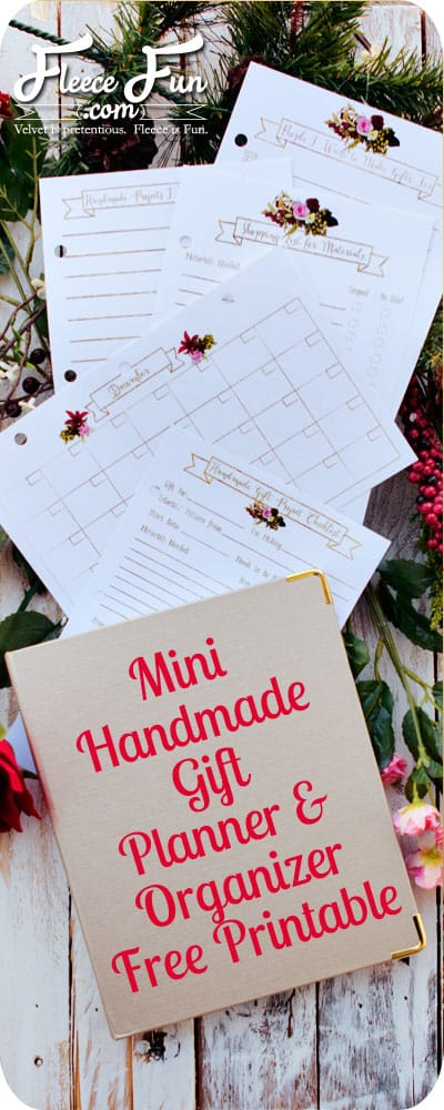 I love this handmade gift organizer - it's perfect for getting ready for my DIY holiday!  Great idea to keeping things organized!