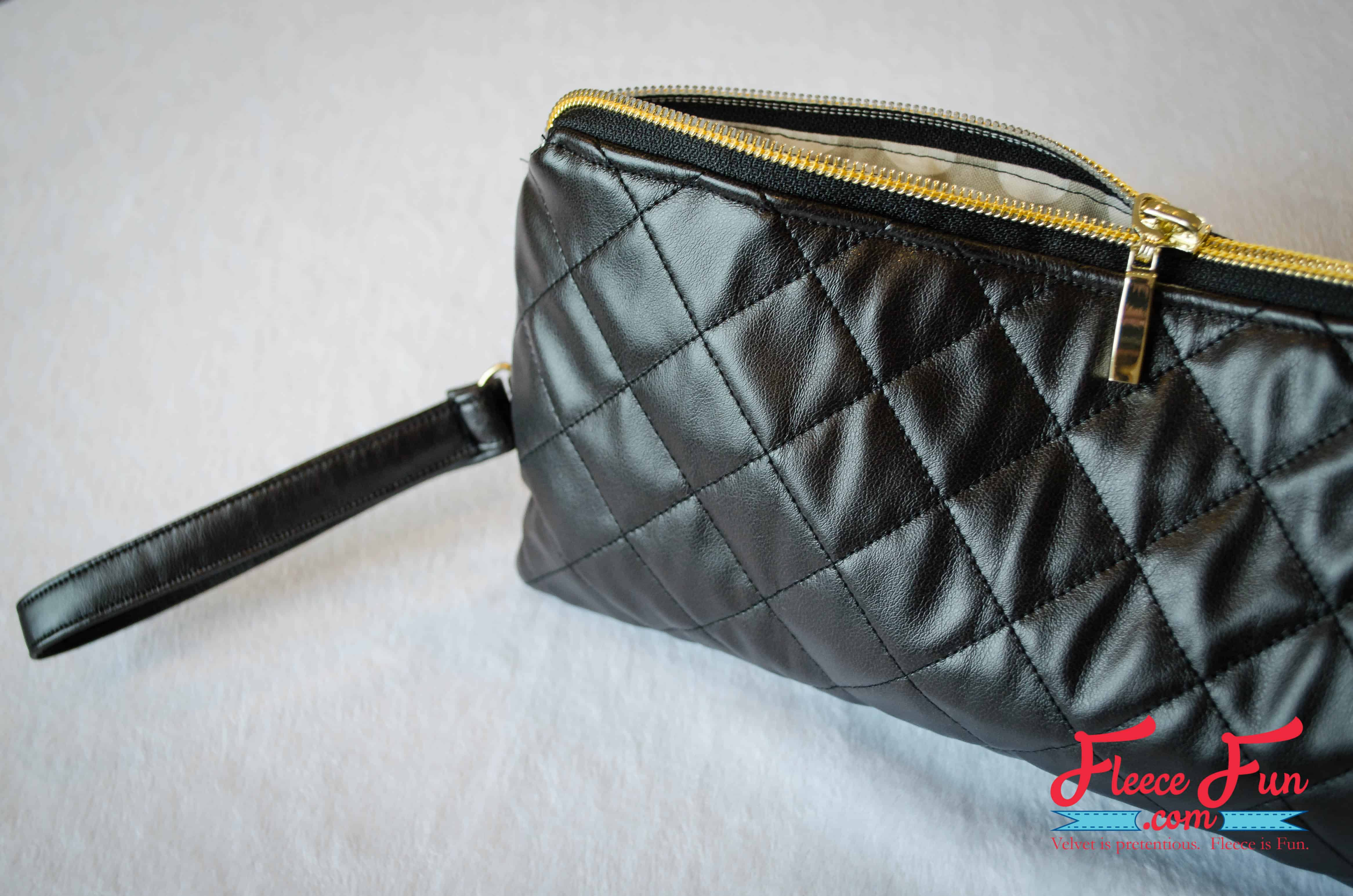 https://www.fleecefun.com/quilted-leather-clutch-tutorial.html