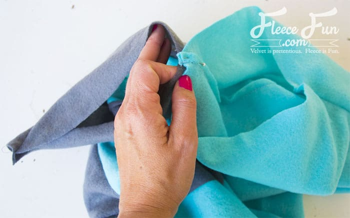 Colourblocked Cowl Tutorial - Pienkel for Fleece Fun 12 wm