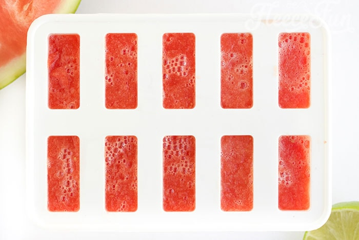 mixture in molds. This easy watermelon popsicle recipe is the perfect summer treat. Made with a few simple ingredients: it's fun blend of sweet and tart to tickle the taste buds.