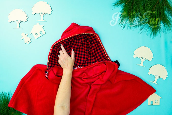 how to stitch the red riding hood.