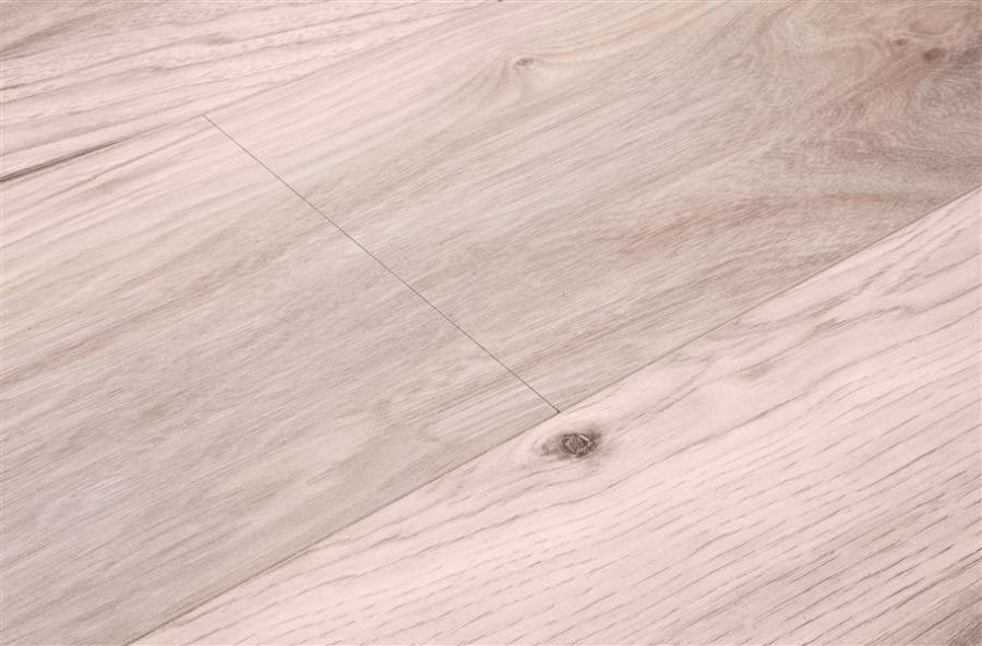 10mm Shaw Grand Summit   Hickory Laminate Flooring 10mm Shaw Grand Summit Laminate Flooring