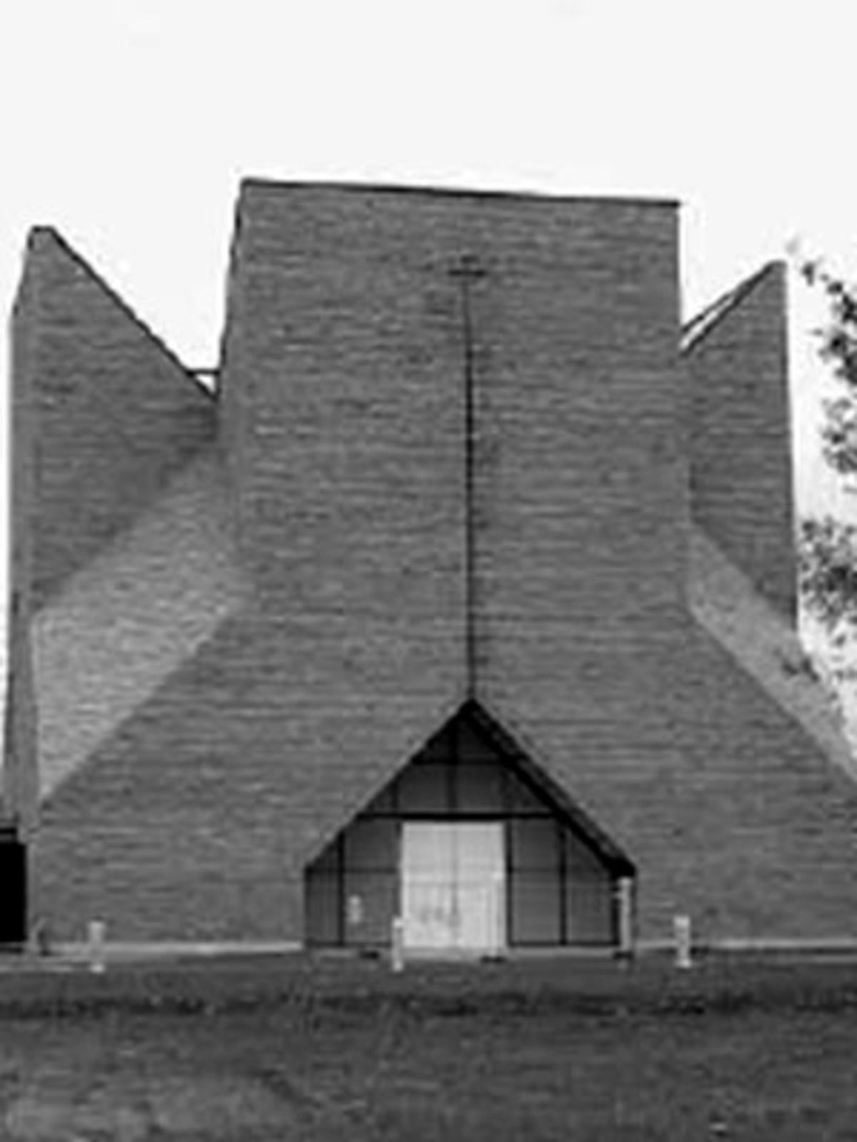 Mario Botta Church In Seriate 2004 Floornature