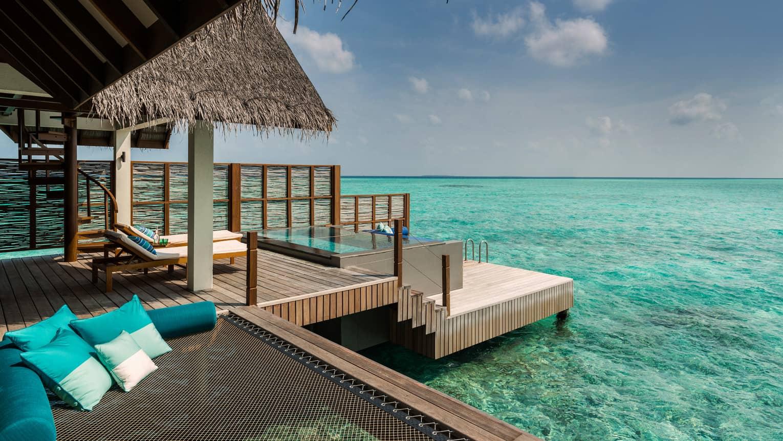 Over Water Sunset Villas Maldives Four Seasons Landaa