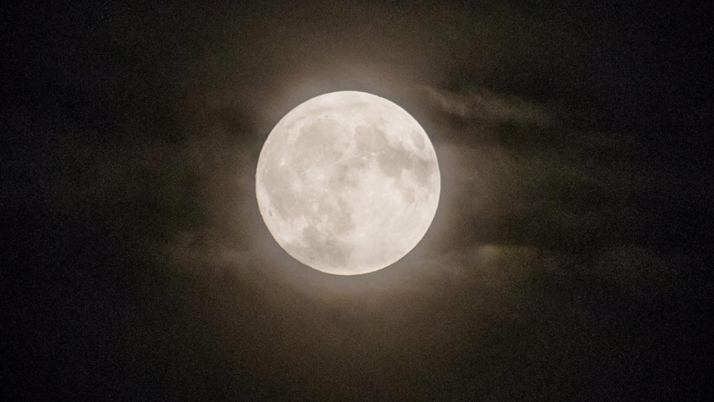 La Chine 224 La Conqu 234 Te De La Face Cach 233 E De La Lune