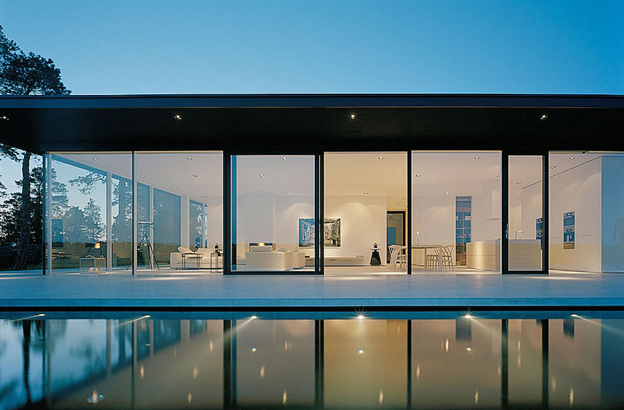 Glass Walls Stunning Lake House In Sweden