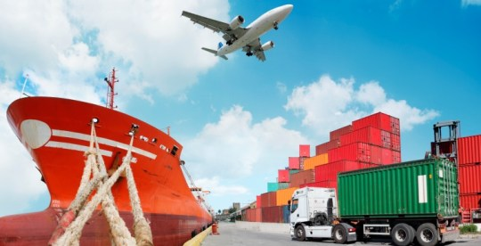 10 Things You Must Know When Choosing a Freight Forwarder   Fueloyal 10 Things You Must Know When Choosing a Freight Forwarder Cover Image