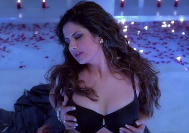 Kareena Kapoor Latest Pics 2017