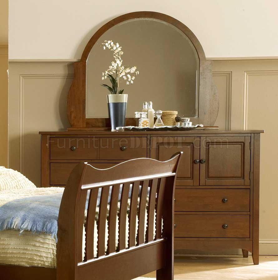 Natural Wood Finish Casual 5pc Bedroom Set W Sleigh Bed