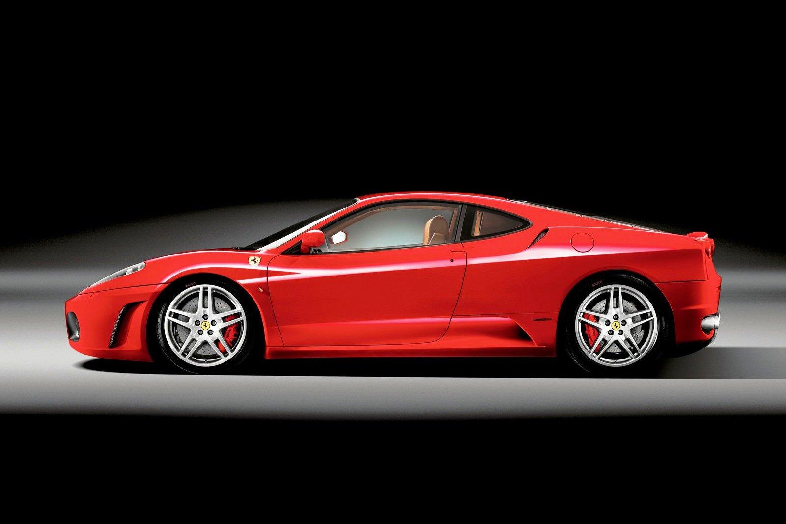Ferrari F430 - Car Pictures, Images – GaddiDekho.com