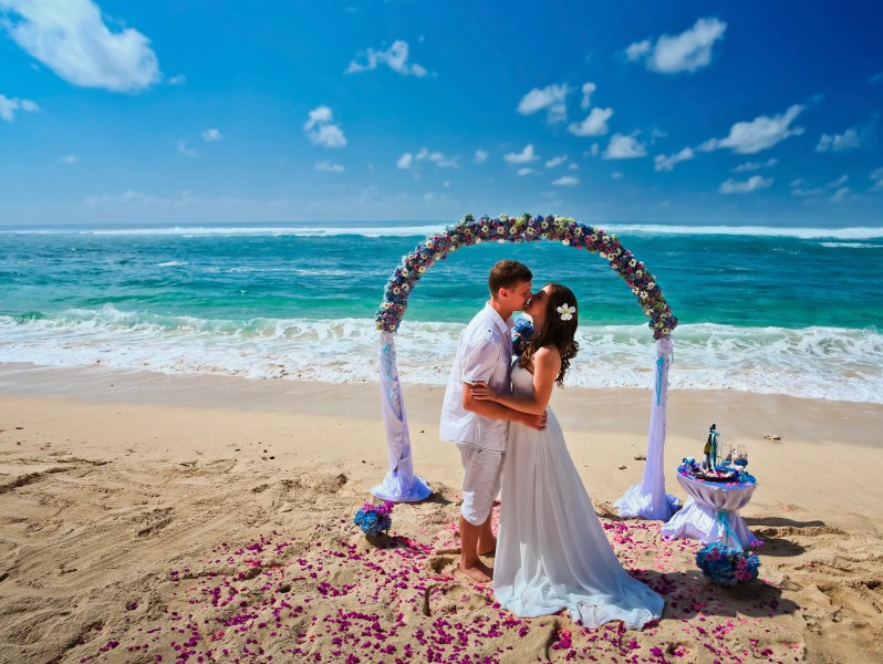 Destination weddings  The good  the bad and the budget As the average cost of a traditional ceremony and reception skyrockets   more couples are choosing a personalized destination wedding experience