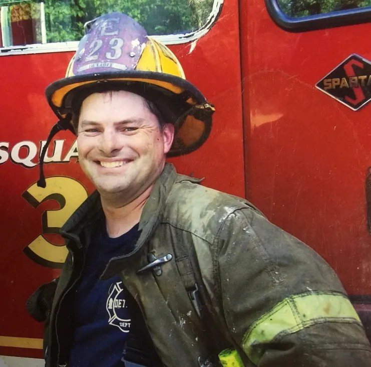 Detroit firefighters remember fireman who lived life 'with ...