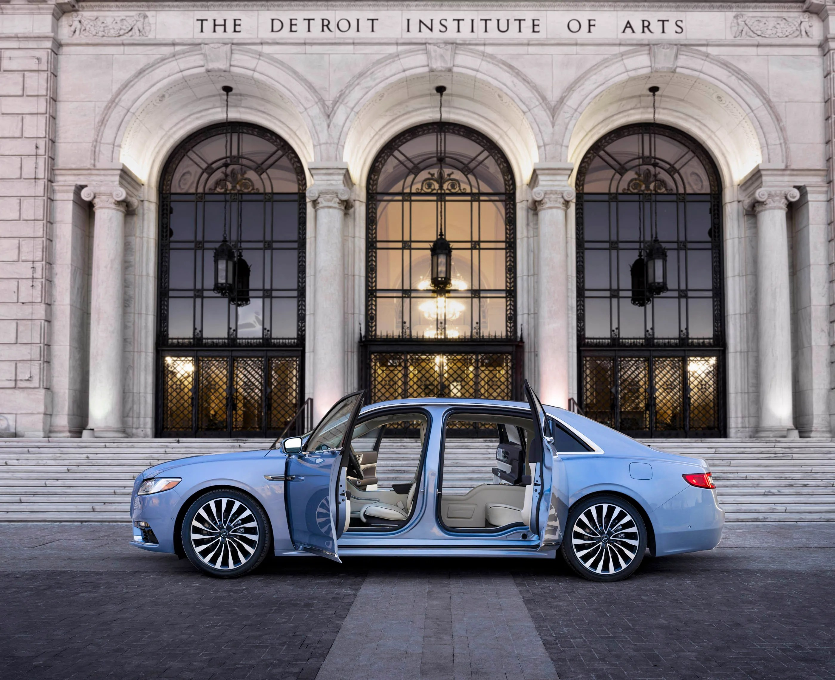 Lincoln Continental makes vintage limited edition with ...