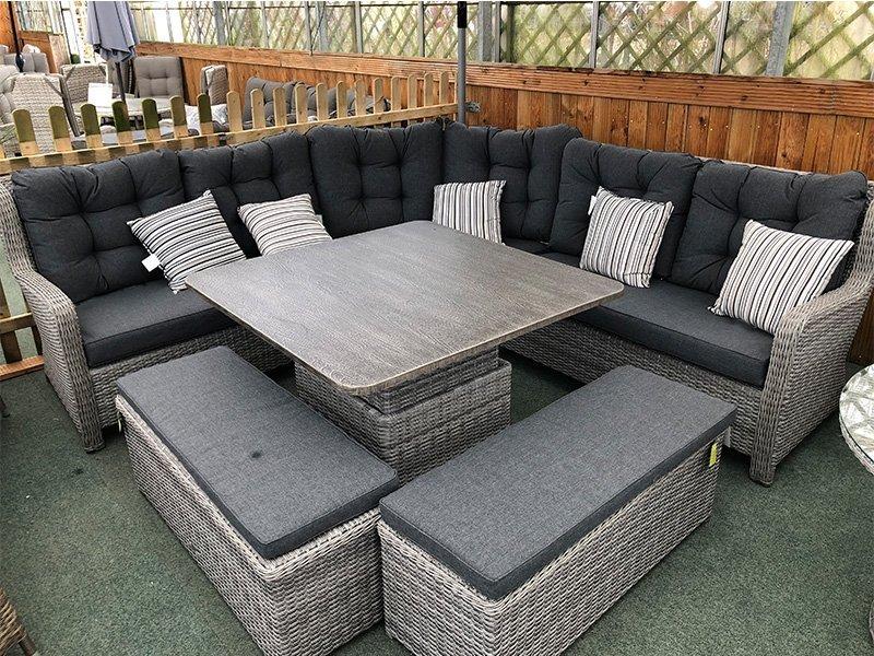 Garden Furniture 8 Seater Table