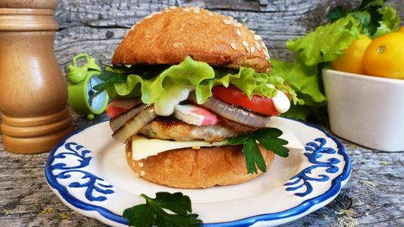 Burger «Crab Louis»