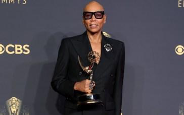 Emmy 2021, i vincitori: Imbattibile RuPaul entra nella Storia