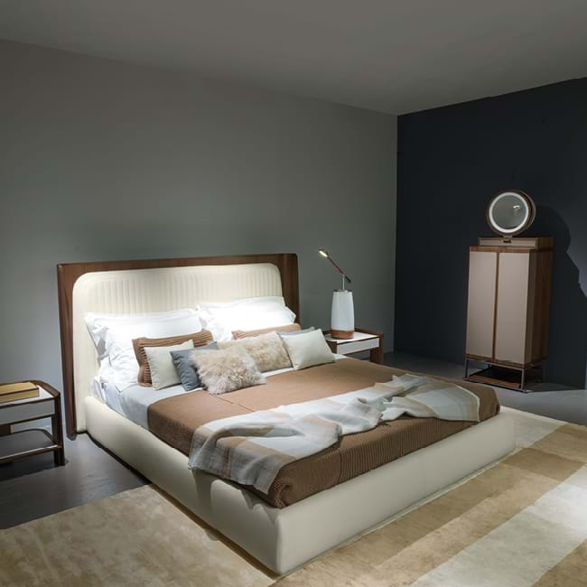 Hypnos Beds And Night Tables Giorgetti