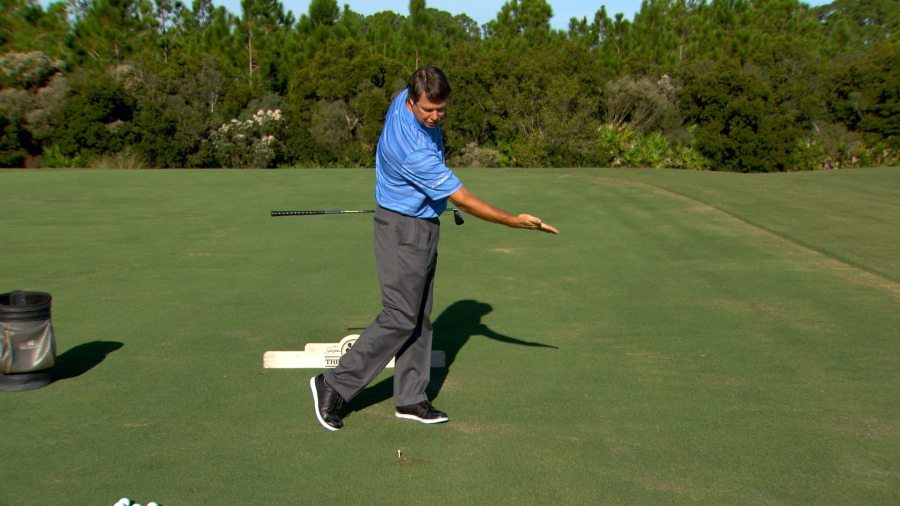 Body Turn in Golf Swing   The Golf Fix   Golf Channel Golf Channel Academy  Azinger on maintaining spine angleJan 07  2014
