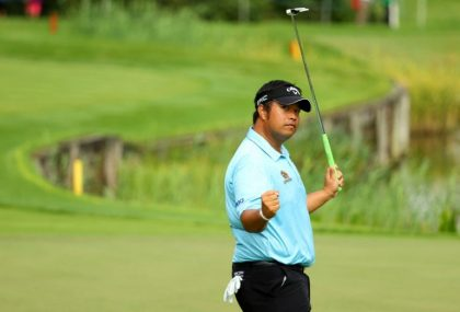 Aphibarnrat and Bezuidenhout lead in Wentworth, the Blues in issue