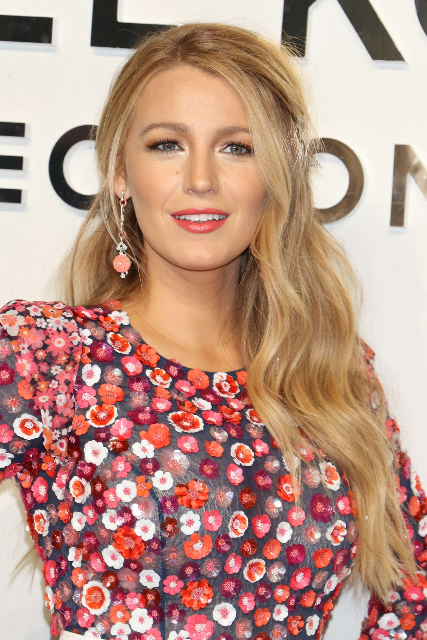 blake lively net worth - HD 1280×1920
