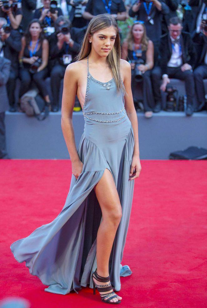 Kendall Kardashian Body