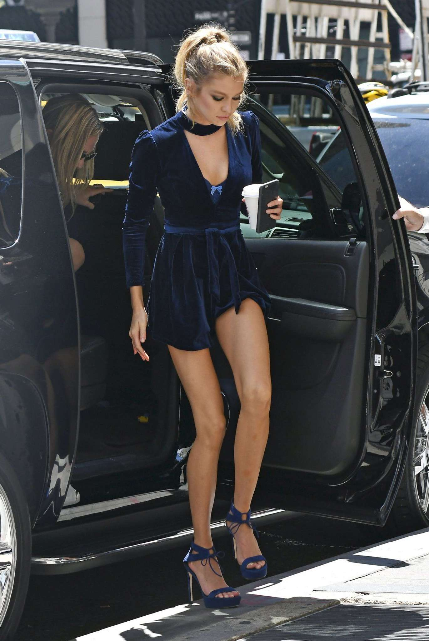 Stella Maxwell In Short Dress 01 Gotceleb