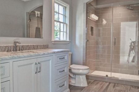 How to Choose Paint for a Bathroom Source  http   www impressiveinteriordesign com how to make a small bathroom  look bigger