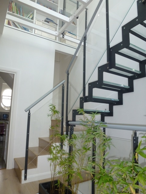 What Type Of Glass Is Used For Stairs Type Of Glass Used For Stairs | Glass Banisters For Stairs Price | Floating Staircase | Railing | Stair Railing Systems | Stainless Steel | Stair Case