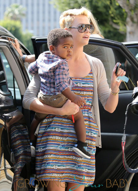 Charlize And Pictures Son Theron