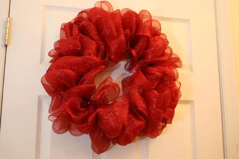 Christmas Wreaths Using Mesh Ribbon