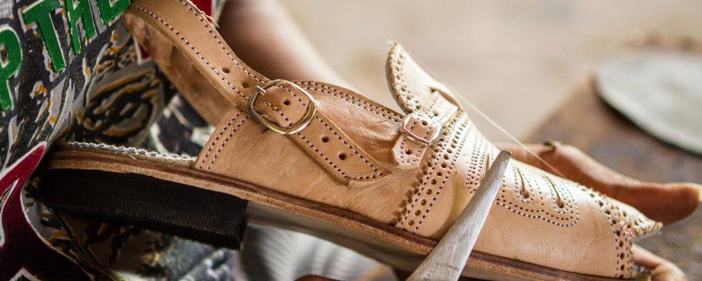 Xô Boi, sandália de couro feita em Alagoas