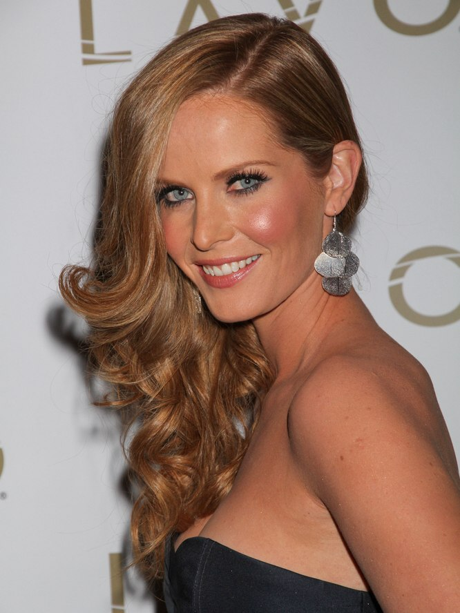 Rebecca Mader | Lush long hairstyle with curls for a ...