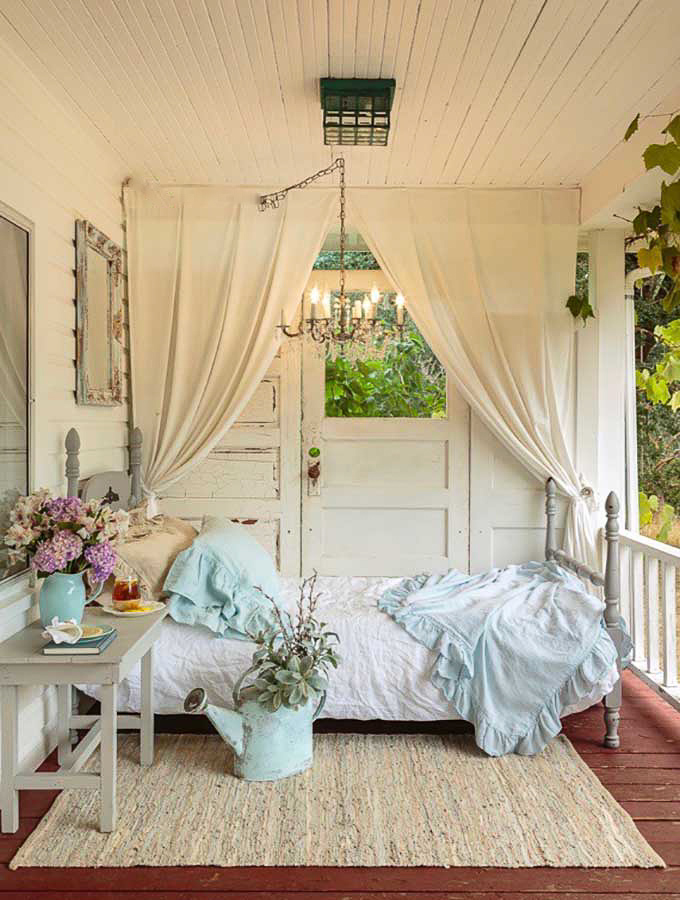Farmhouse Front Porch – Hallstrom Home