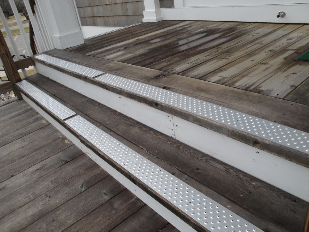 Non Slip Treads Change The Views Of Many Handiramp Blog | Safety Treads For Wooden Stairs | Anti Slip Stair Nosing | Rubber | Pet Friendly | Slip Resistant | Floating Staircase
