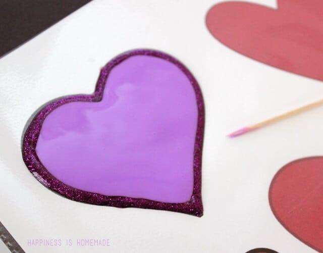 How to Make Elmer's Glue Window Decorations