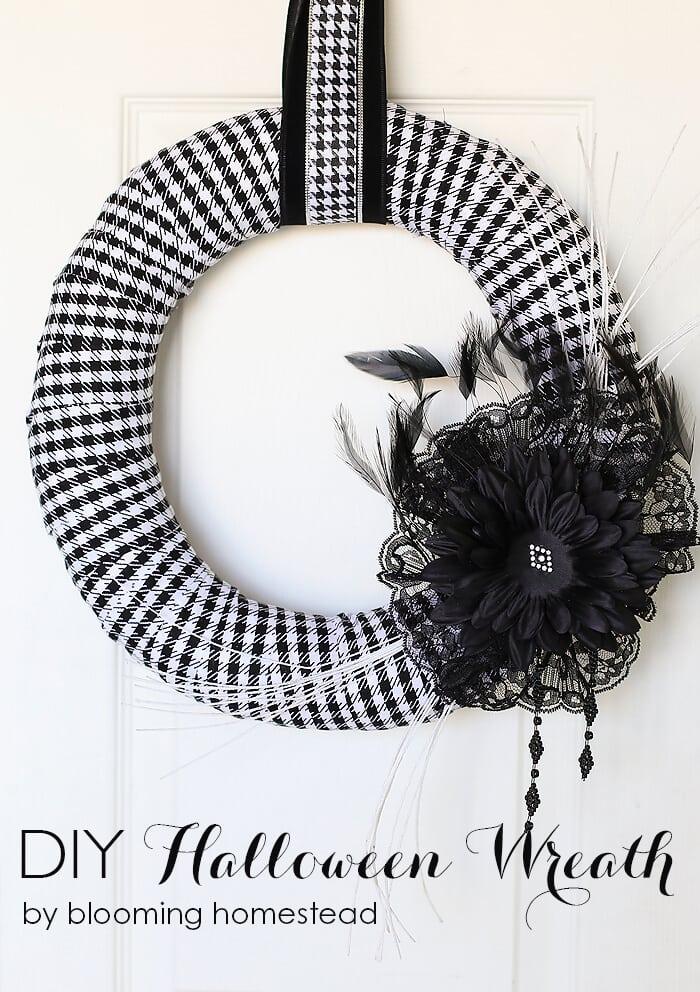 10DIY-Halloween-Wreath-by-Blooming-Homestead