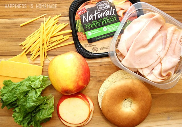 Making a Delicious Lunch with Hillshire Farm Naturals Slow Roasted Turkey