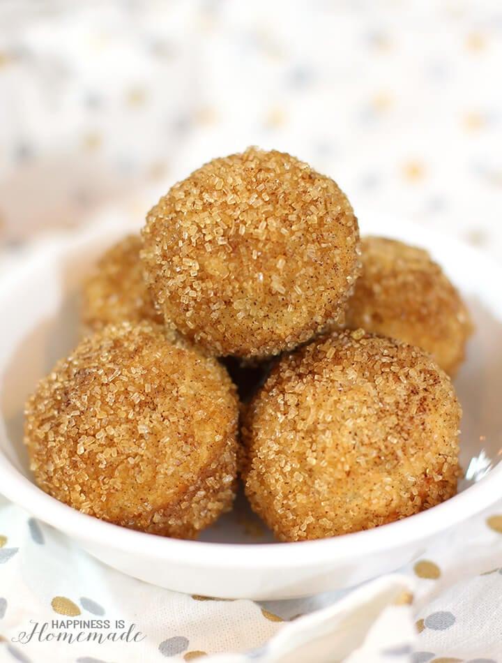 Snickerdoodle Cinnamon Sugar Donut Puffs