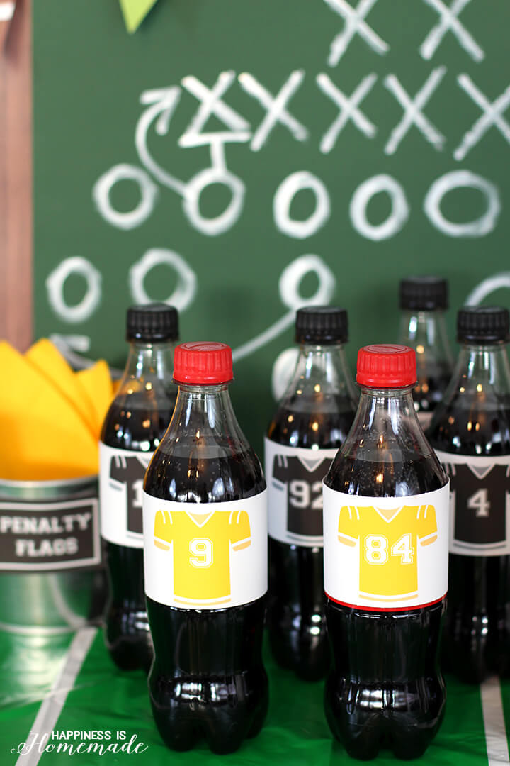 Coke Zero and Coca-Cola Classic Football Player Bottles in Jerseys