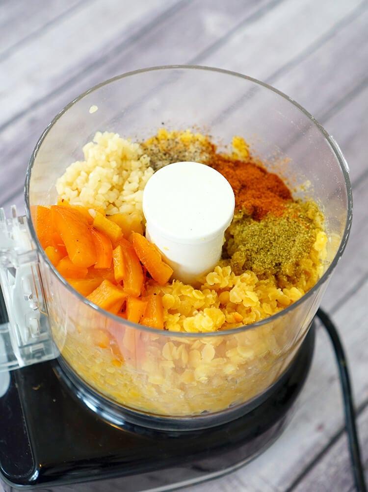 lentil-hummus-ingredients-in-food-processor