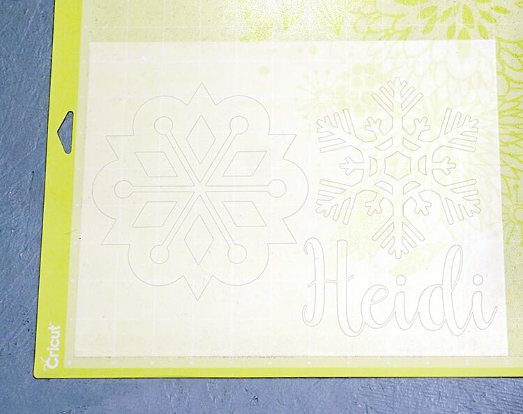 shrink-film-on-cricut-cutting-mat