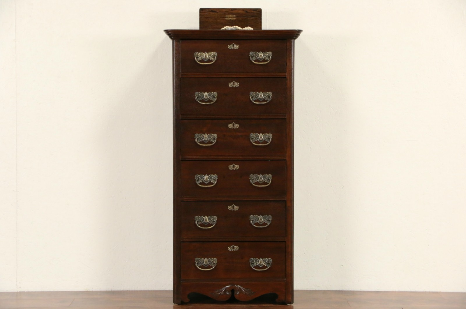 Sold Victorian Antique 1900 Oak Narrow Tall Chest Or